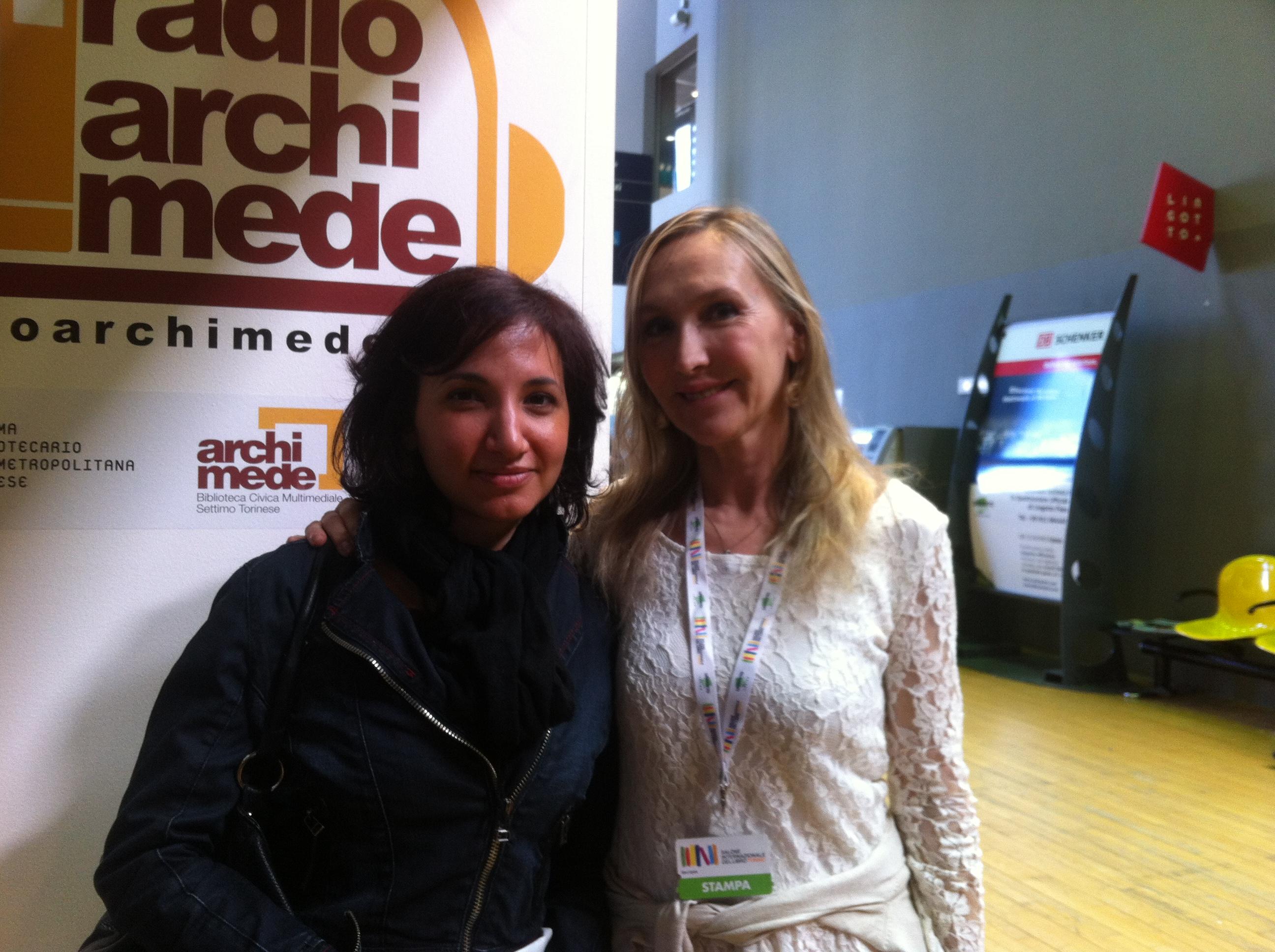 """Emanuela e Chiara, crowdfunding manager per """"Compro Oro"""""""