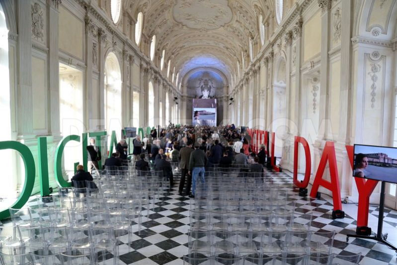 1448123656-italian-digital-day-at-the-reggia-of-venaria-reale-turin_9115756