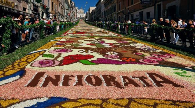 Crowdfunding culturale  per la storica infiorata di Roma